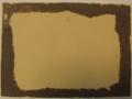 2 sur 3, après avoir retiré délicatement le carton de la photo, il reste des résidus dûs à la présence d'un ancien adhésif.JPG